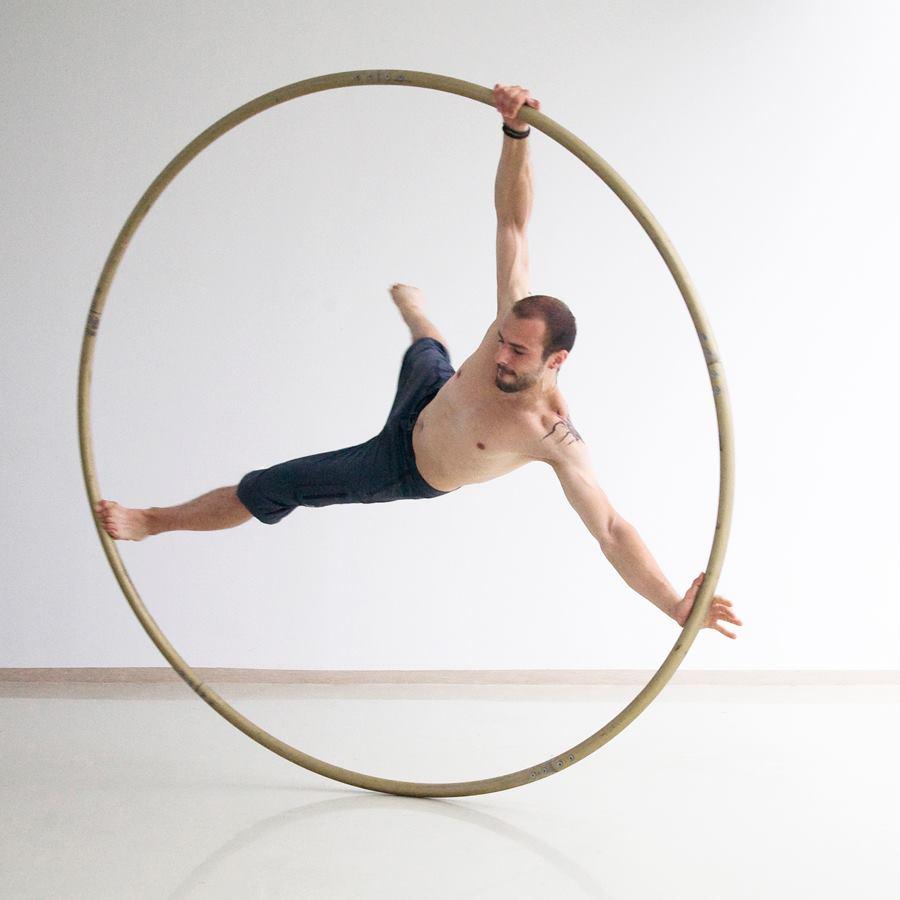 Cyr Wheel Argolla Artist