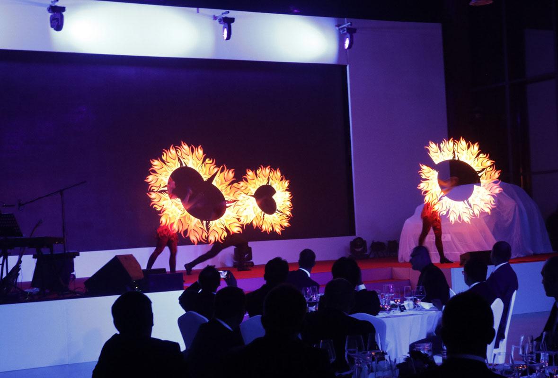 Visual Pixel Poi Show - Argolla productions - corporate entertainment