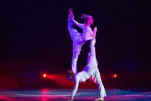 Argolla Wonderland - Acrobatic Show - Contorsion Duo