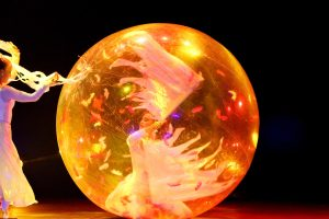 Argolla Wonderland - Acrobatic Show for Kids - Transparent Ball