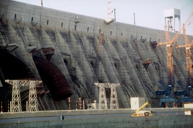 The Brazilian cost: det tar ofte lang tid før infrastruktur er ferdigstilt. Foto: gumtau/Flickr (CC BY-NC-SA 2.0)