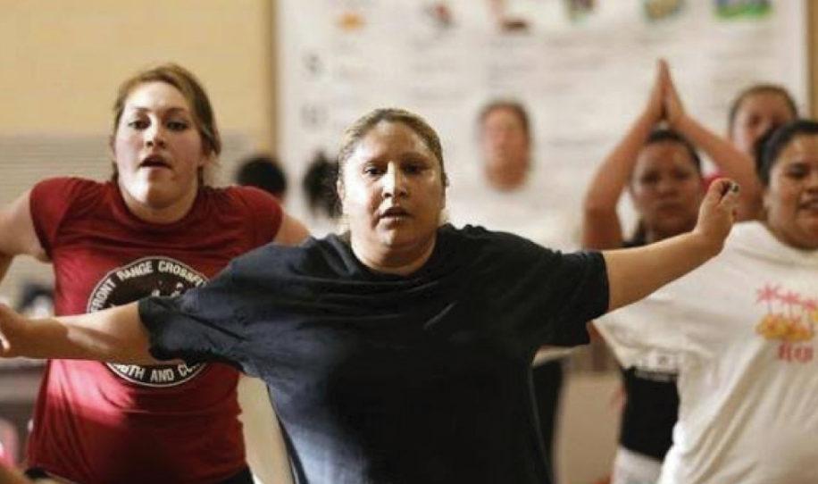 Mujeres denuncian clases de zumba por tener años yendo y no logran bajar la panza