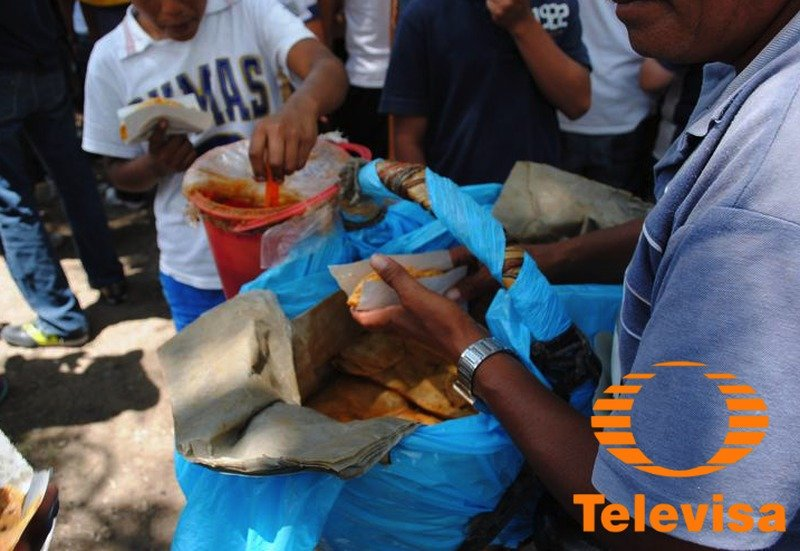 Dejó la actuación por crisis en Televisa y ahora vende tacos de canasta en el metro para sobrevivir