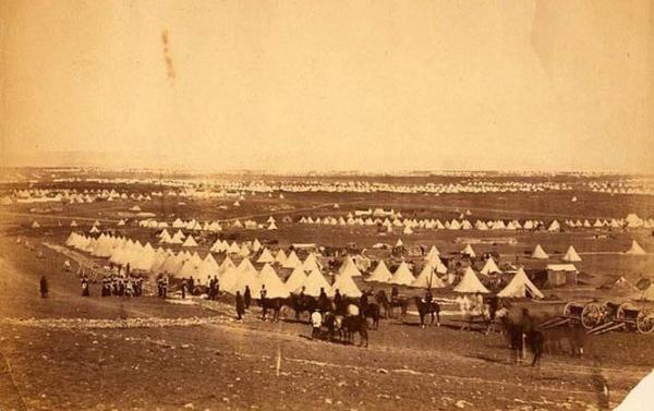 Палаточный лагерь 33-го полка британской армии под Севастополем. Фото: DR