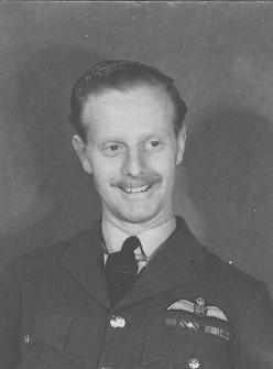 Wartime pilot Bunny Currant