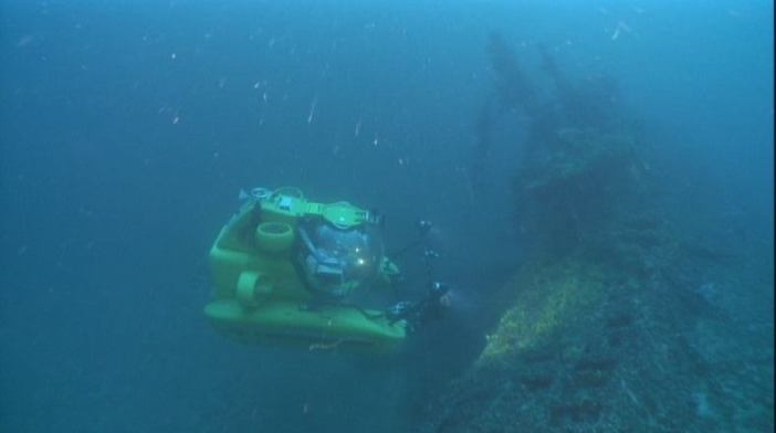 """Thetis"" hovers over the wreck of submarine U-133, sunk off Aegina Island, Greece. (Credits: Kostas Katsaros)"