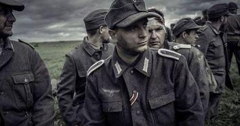 Paul Kowalski as Helmut Böttger