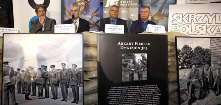 Movie Polish 303 Fighter Squadron