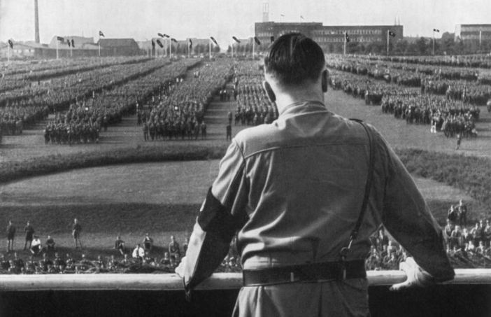 Hitler addresses Nazi soldiers at a rally