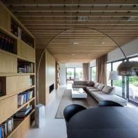 Apartament minimalist cu accente si texturi naturale