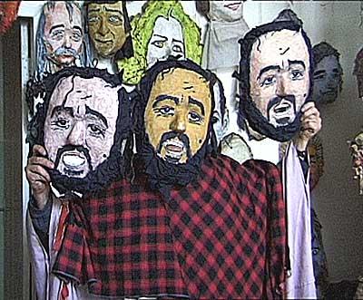 Luciano Pavarotti, mască de Glebus Sainciuc