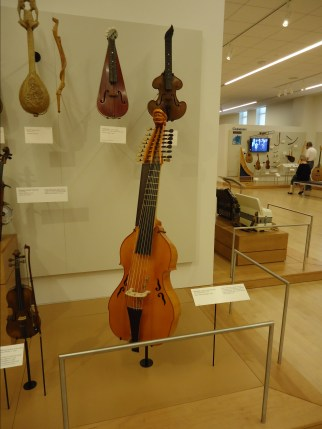 Baryton (bowed and plucked lute), Austria