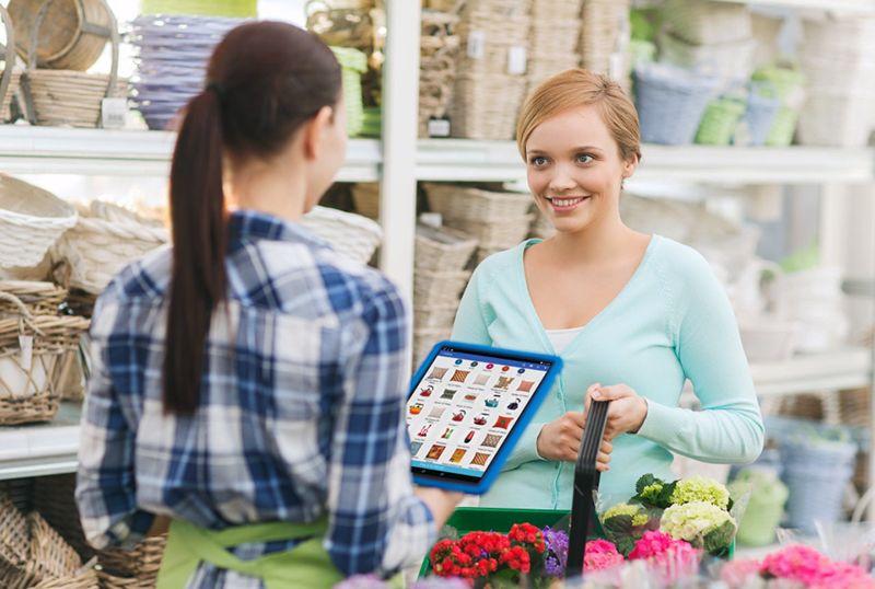 Por qué las marcas deben pasar de la comunicación con los consumidores a la conversación