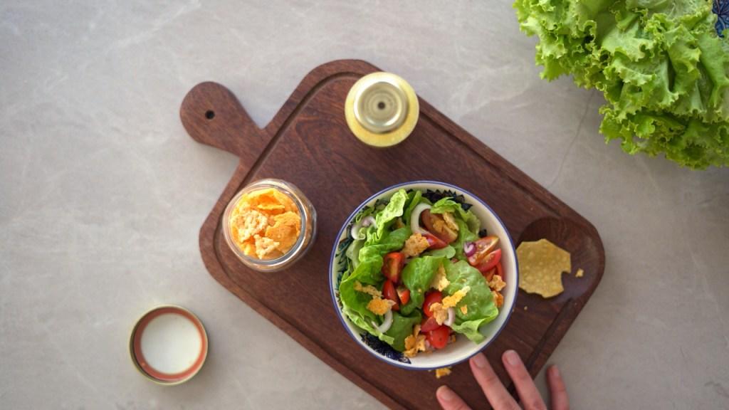 crisp de parmesão para saladas