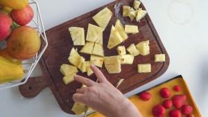 como preparar frutas para o smoothie de frutas da SEMANA