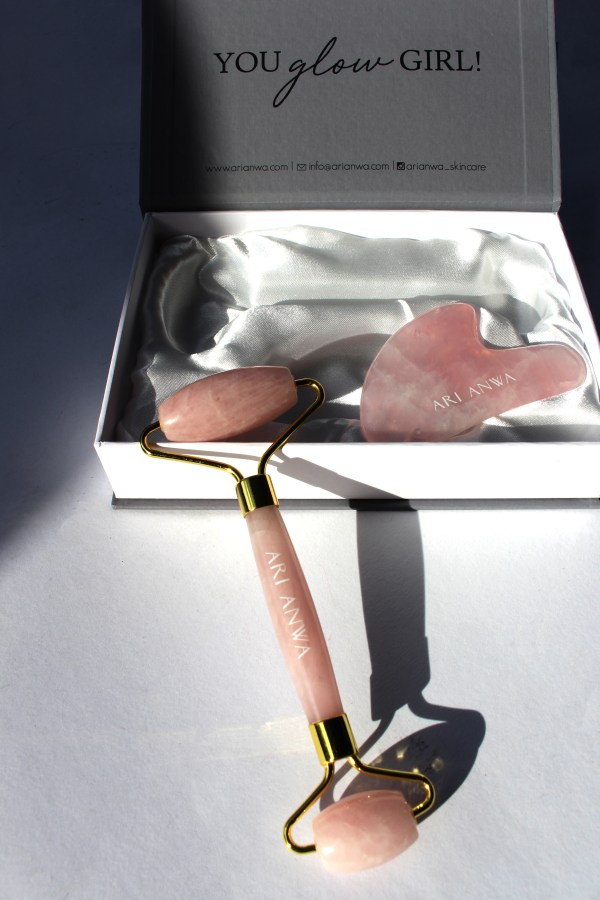 Rosenquarz Set • Gua Sha Rosenquarz • Rosenquarz Roller • The Glow Kit Rose