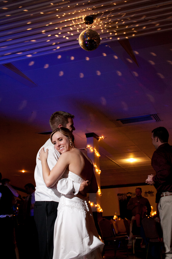 Lubbock Country Club Wedding Reception Dancing