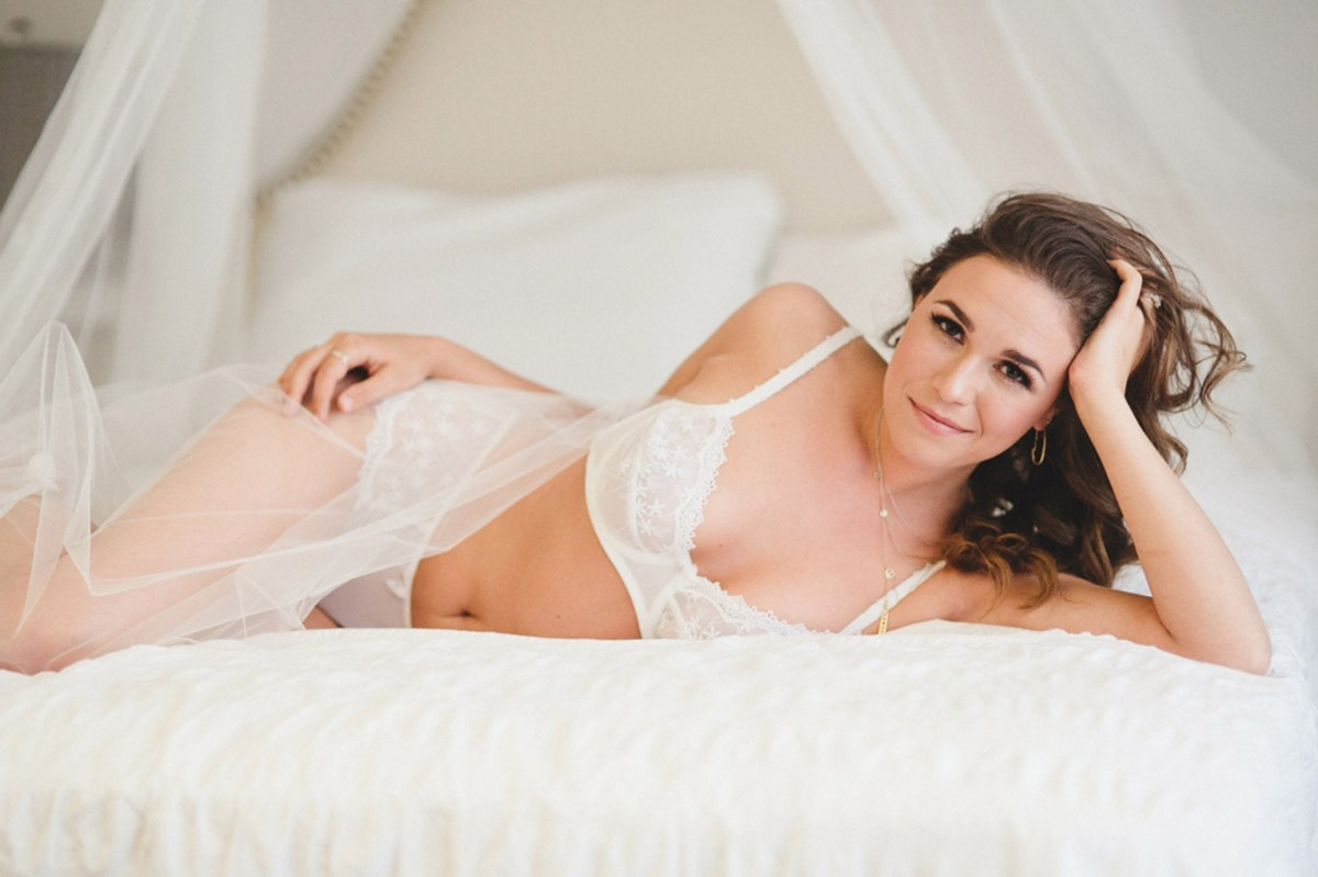 bridal inspired boudoir photos