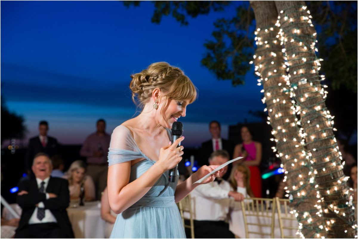 maid of honor giving toast