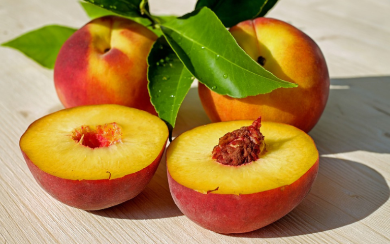 iron rich fruits include peaches