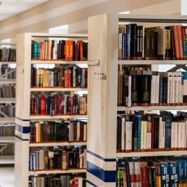 Tempat Nongkrong Berkuaitas. Daftar Tempat Baca dan Download E-book Gratis.