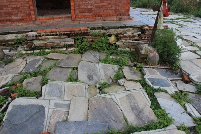 If you've ever wondered what an earthquake does to a stone pavement, here's the answer.