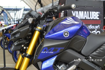 All new mt-15 warna biru 26