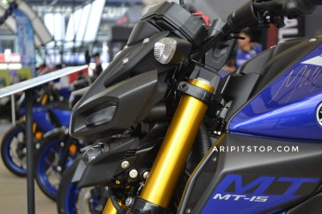 All new mt-15 warna biru 27