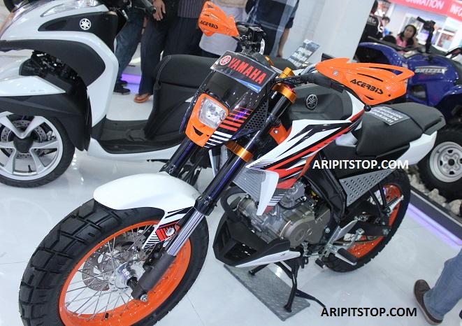 Aripitstop keren habis modifikasi new vixion advance gaya supermoto Advance motor