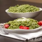 "Spaghetti & Spinach Avocado ""Pesto"""