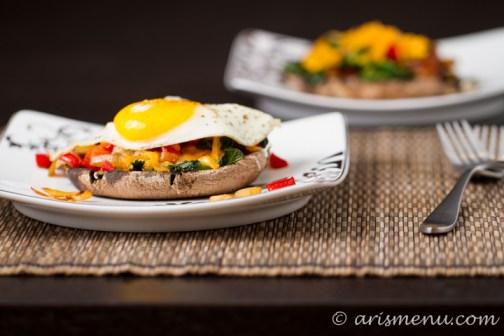 Portobello Breakfast Cups #glutenfree via arismenu.com
