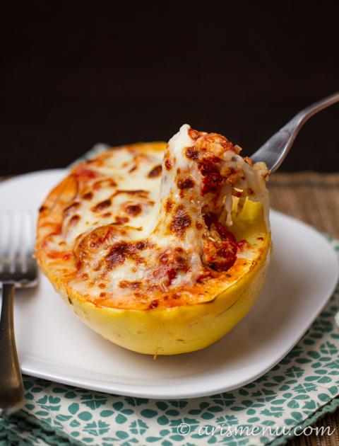 Lasagna Stuffed Spaghetti Squash #glutenfree