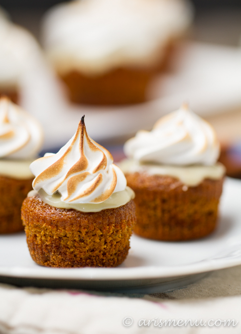 Pumpkin White Chocolate S'mores Cupcakes