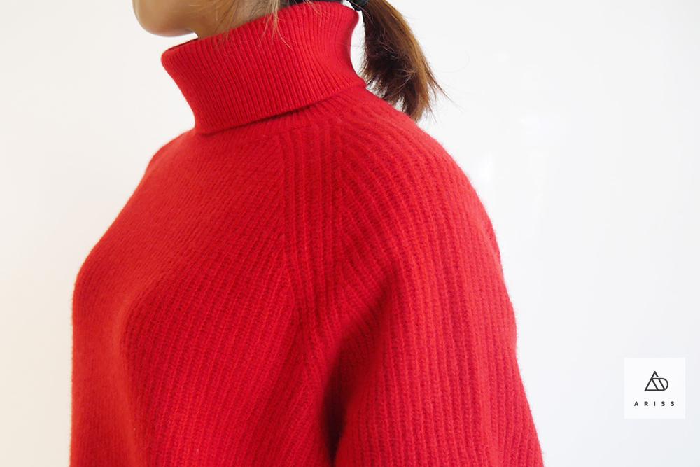 赤を着たい冬。ミドルゲージのハイネックニットプルオーバー「irise」
