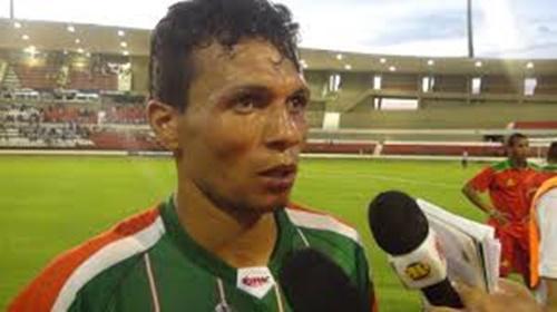 Etinho será uma dos atacantes do CSE que vem forte para o Alagoano-2017 (Foto: globoesporte.globo.com)