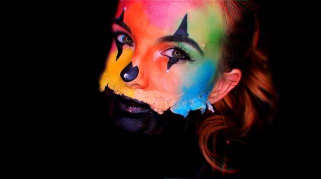 halloween makeup half face clown