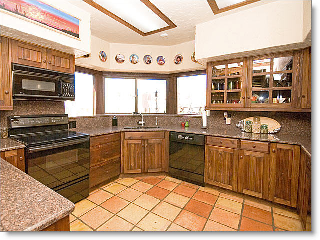 kitchen_640×480.jpg