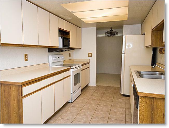 kitchen_640×480_drop.jpg