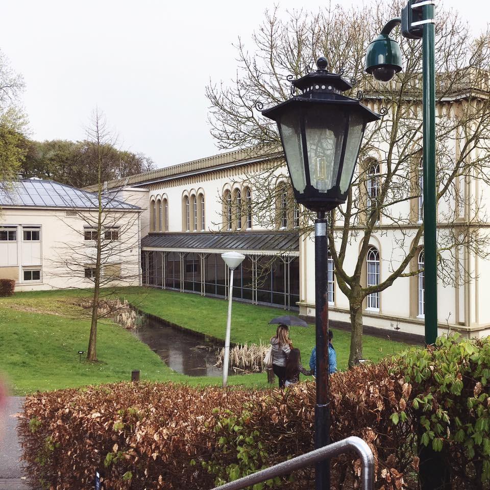 foto 8 achterkant Bronbeek
