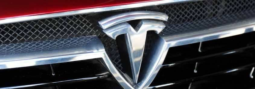Tesla Case Study, Tesla, disruptor, disruptive innovation, cars,