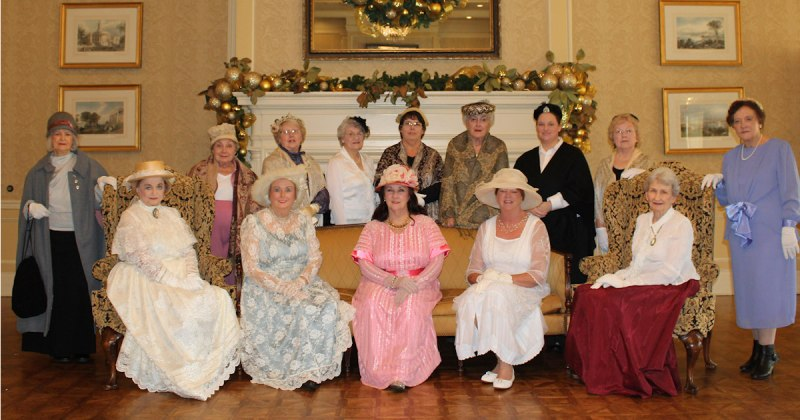 DAR ladies in period costumes at Texarkana 100th Anniversary