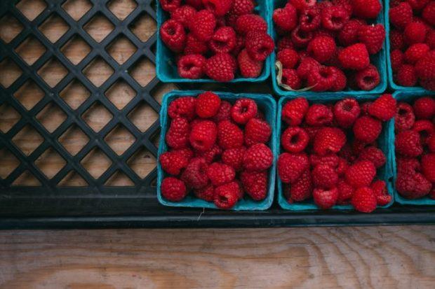 raspberry quick muffins