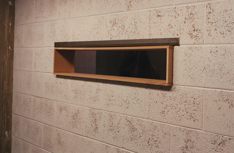410 window 02