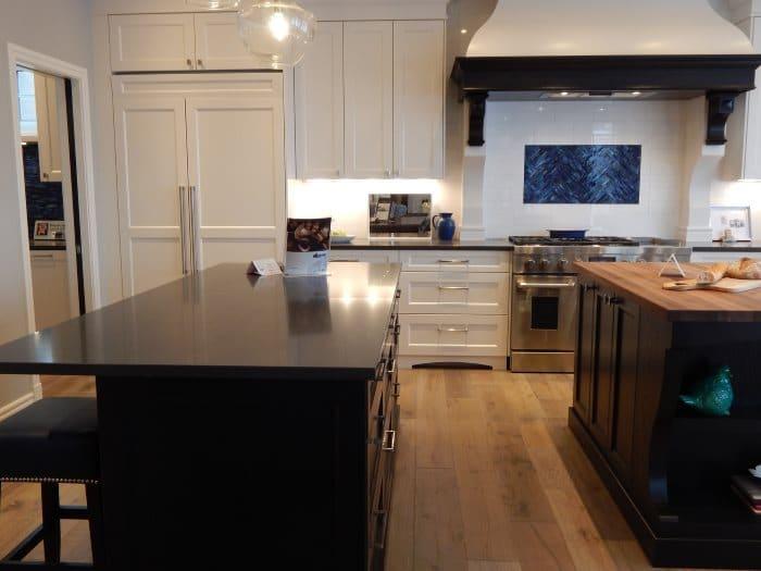 Come rinnovare i mobili della cucina great nuova vita alle vecchie sedie con la rinnova i tuoi - Rinnovare i mobili della cucina senza cambiarla ...