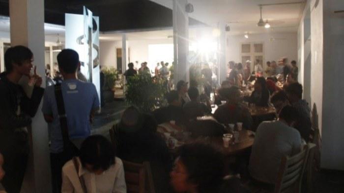 Keriuhan ramah tamah festival di Goethe Haus