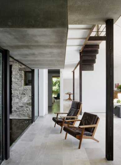 dezeen_Off-Grid-Home-in-Extremadura-by-Abaton_11