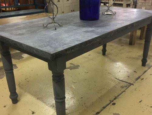 Elegant Table Vintage Metaltop Industrial
