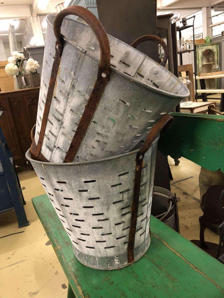 Olive Buckets vinatge metal galvanised iron from www.arkvintage.com