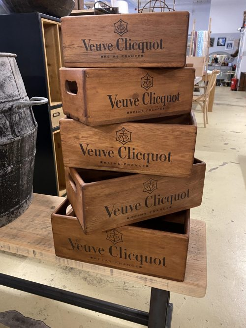 Champagne box, stencilled wooden box. Check pictures and sizes. Price includes P&P. 33cm L x 20cm W x 13cm D