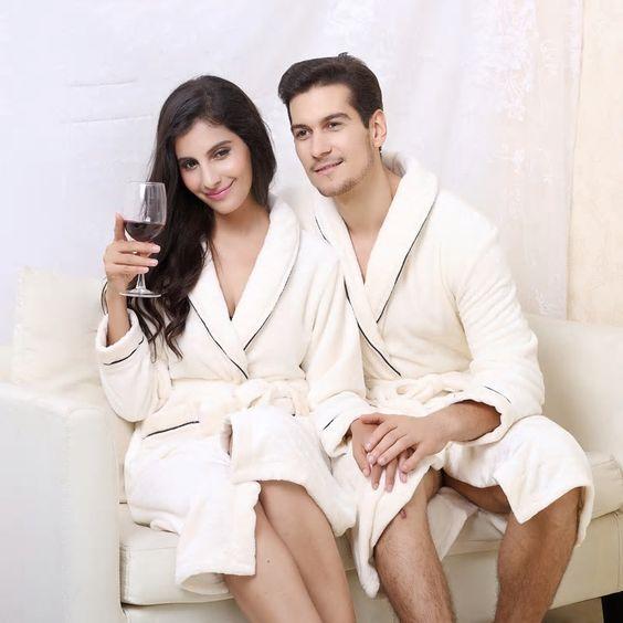 халати от мек копринен плат